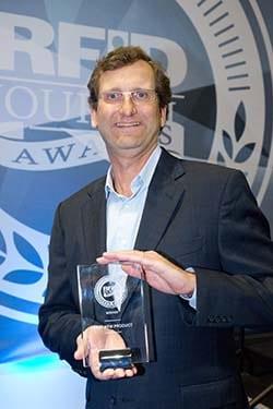 Scott Dalgleish Phase IV CEO with RFID Journal Award